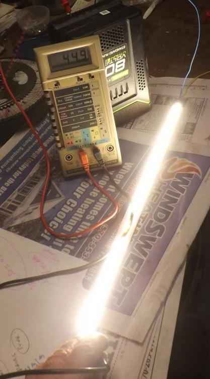 LEDs3567.thumb.JPG.72e5c9fef0e836bbb38dfa7cd0a41d95.JPG