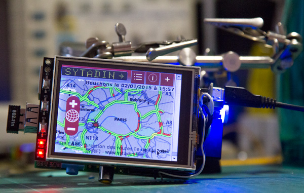 Real-Time traffic state with Raspberry Pi in your car