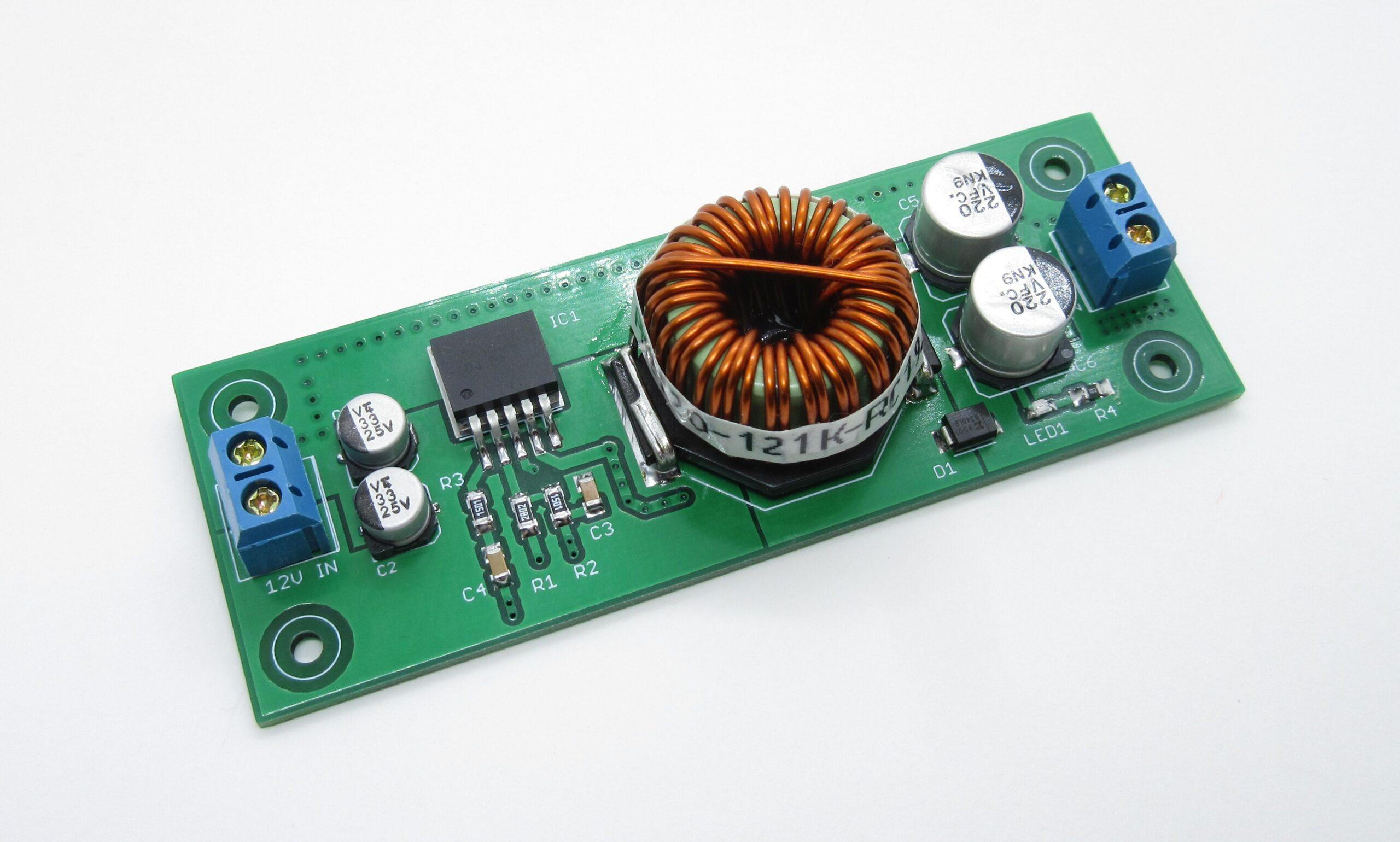 12V to 24V @ 1A Step-up switching regulator using LM2585