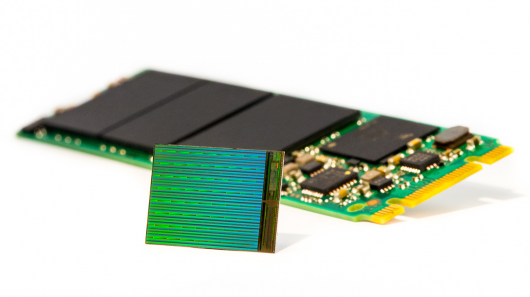 high-capacity-3d-flash-memory