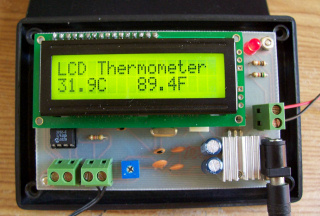 89S52 Thermistor Thermometer: LCD version