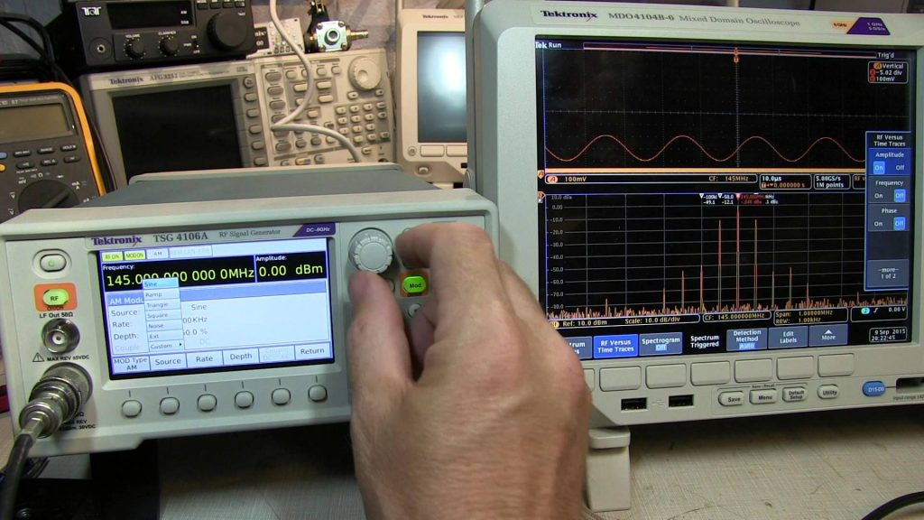 TSG4106A RF signal generator unboxing and mini feature review