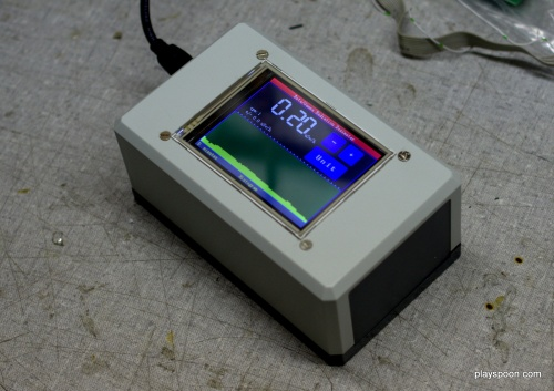Touchscreen-controlled Arduino Geiger Counter