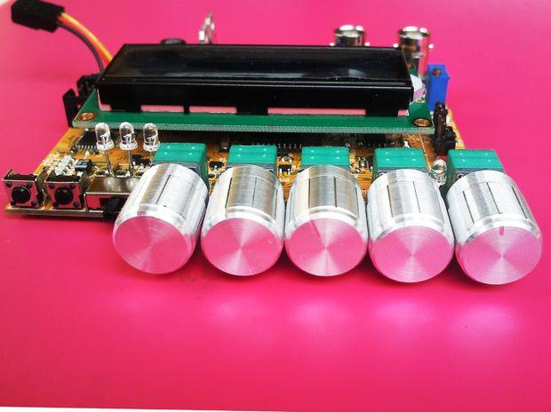 MAX038 Function generator