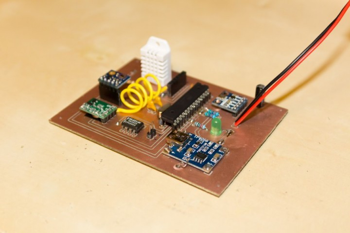 ATMEGA328 based Weather Station