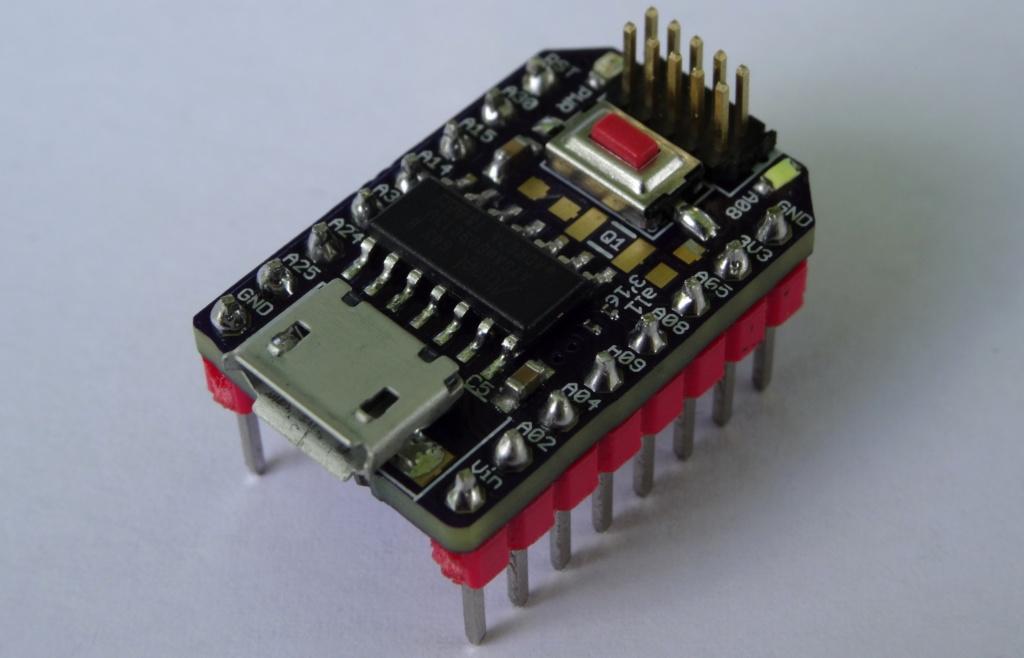 samDEV_09 – Mini devboard for Atmel's SAMD09 ARM Cortex M0+ Microcontroller