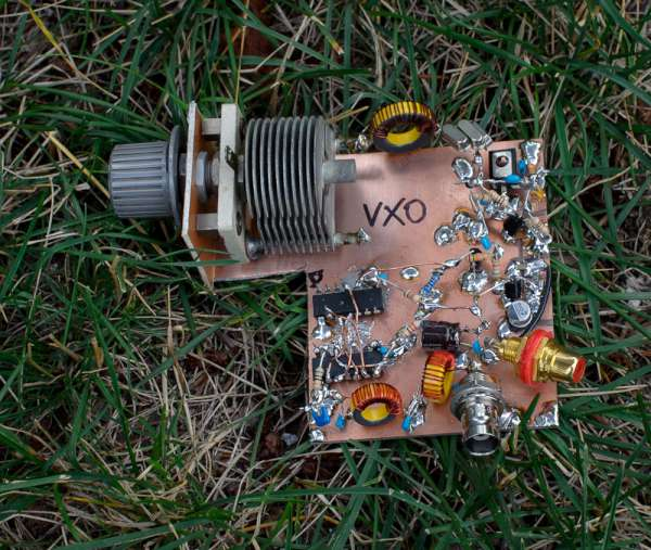VXO – based PLL frequency synthesizer for 7 MHz