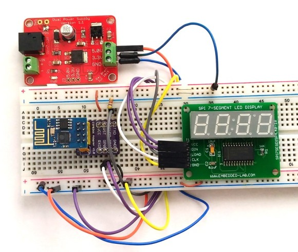 ESP8266-based Clock Synchronized With Network Time Service