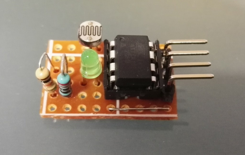 ATtiny85 Light Sensor – I2C slave device