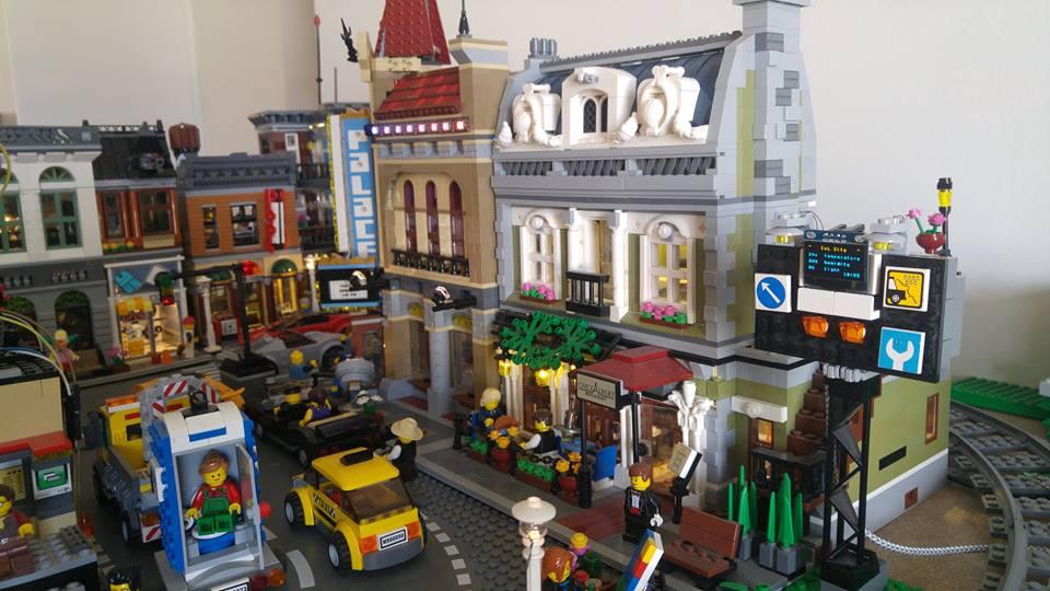 A LEGO-Compatible Digital Weather Billboard
