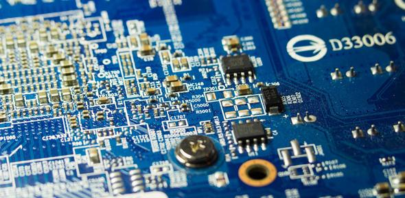 Ultralow Power Transistors Function for Years Without Batteries