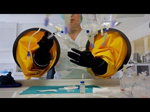 Nanobots Fight Cancerous Cells