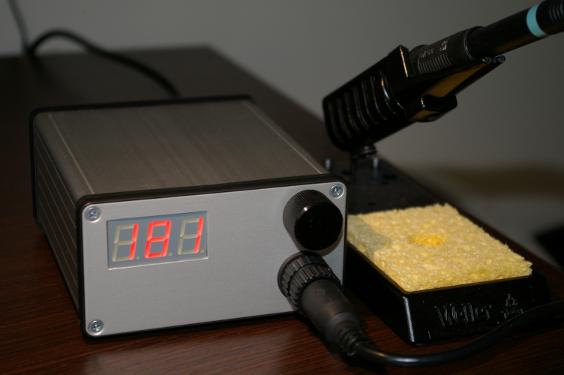 WPS80 digital soldering station