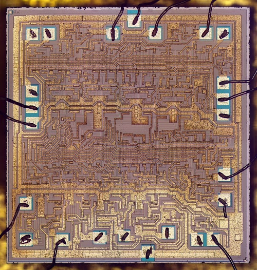 Inside the vintage 74181 ALU chip