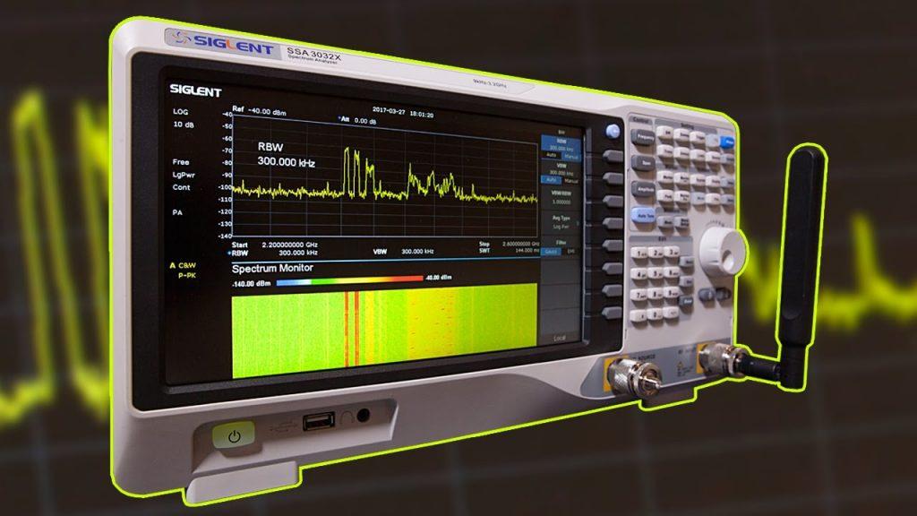 Siglent SSA3032X Spectrum Analyzer Review & Experiments