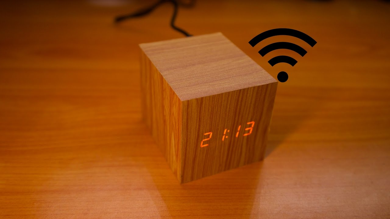Wooden Digital Clock is controlled over WiFi