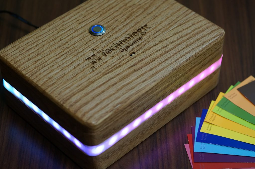 The Aurora Boxealis - A Color Sensing and Mirroring Project