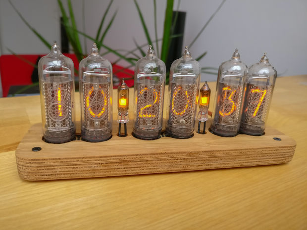Slimline SMD Bamboo IN-14 Nixie Clock