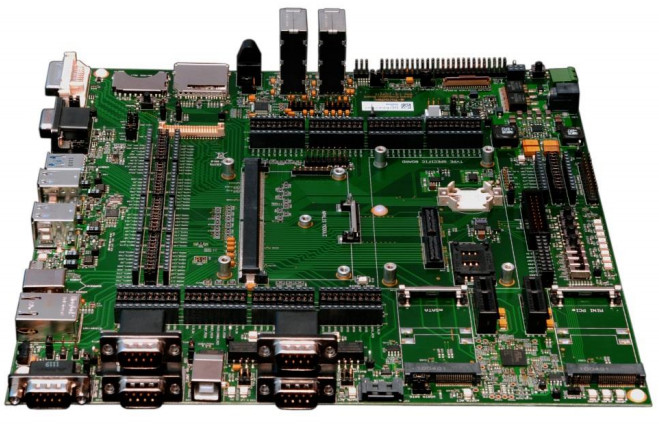 Apalis iMX8 carrier boards: Apalis Evaluation Board