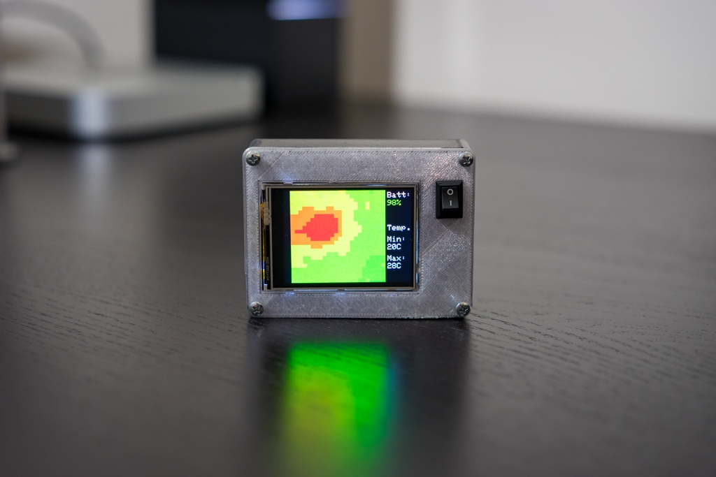 Touch Screen Thermal Camera with Adjustable Temperature Range