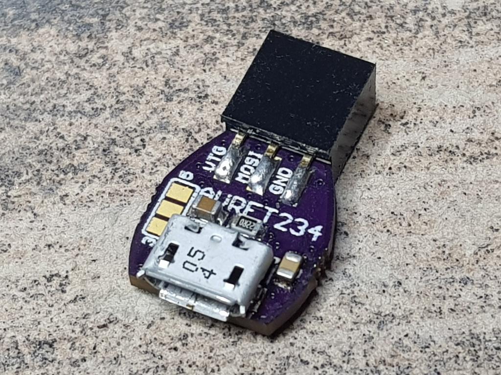 AVRFT234 – Small AVR-ISP Programmer