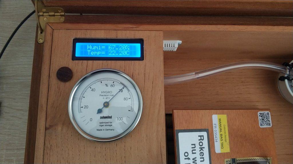Humiduino – An automated humidor using Arduino