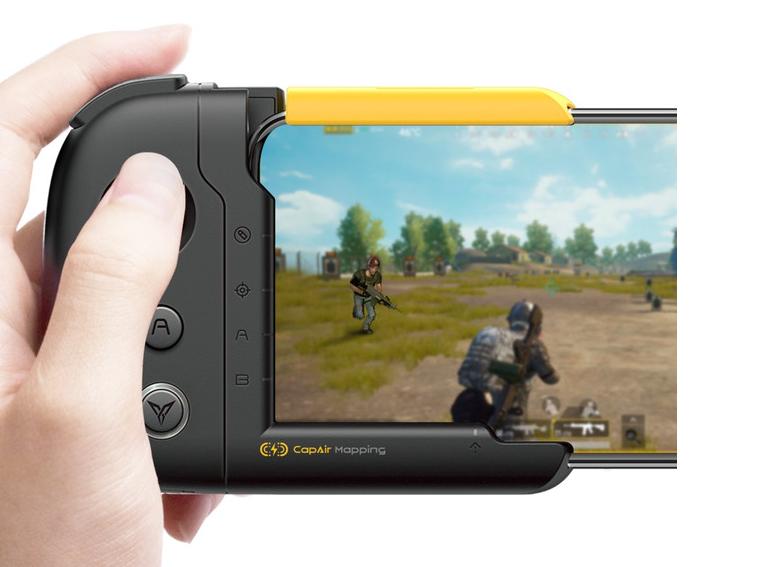 Flydigi Wasp – Innovative One-Handed Gamepad for iPhone