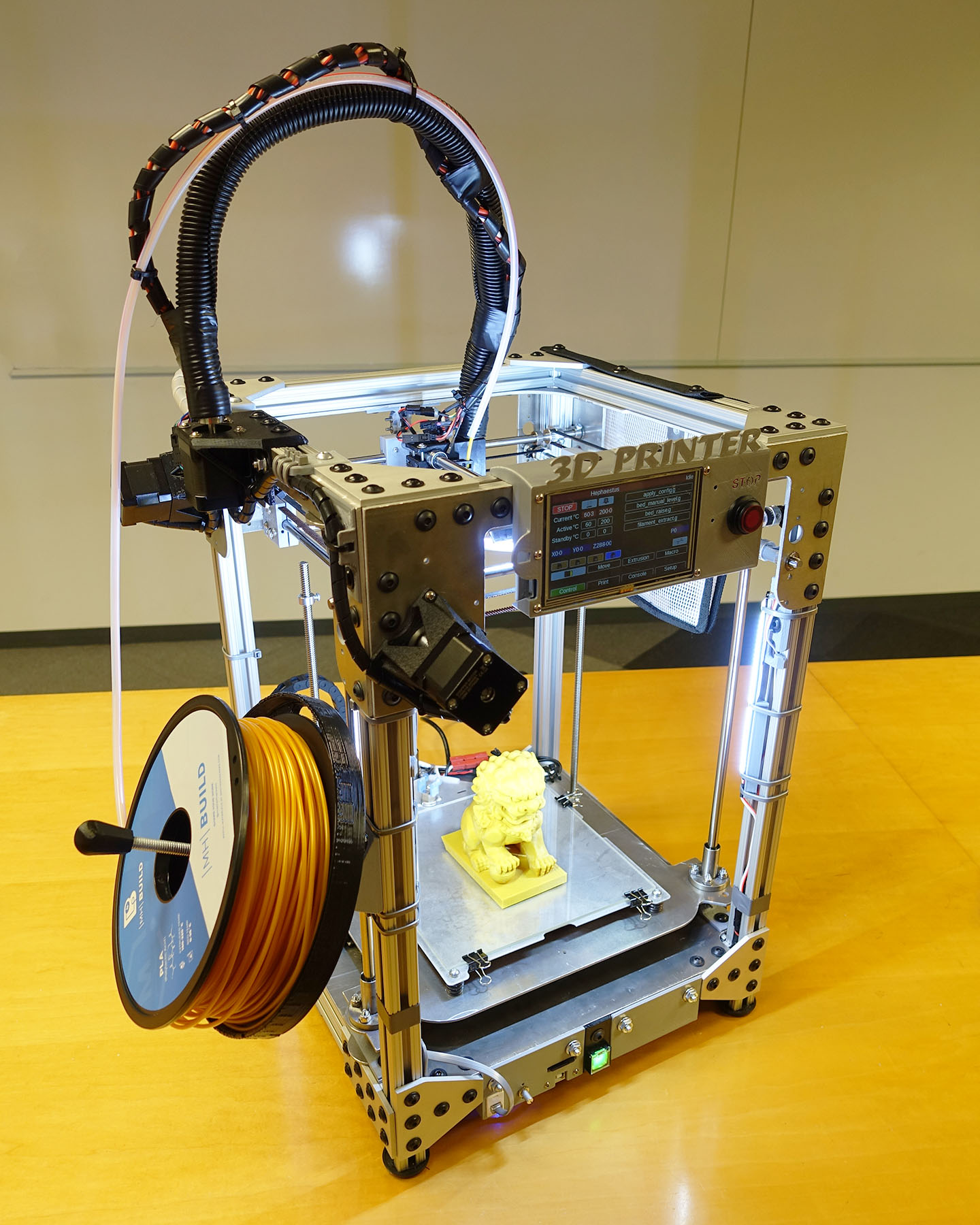Hephaestus – a fully DIY 3D printer
