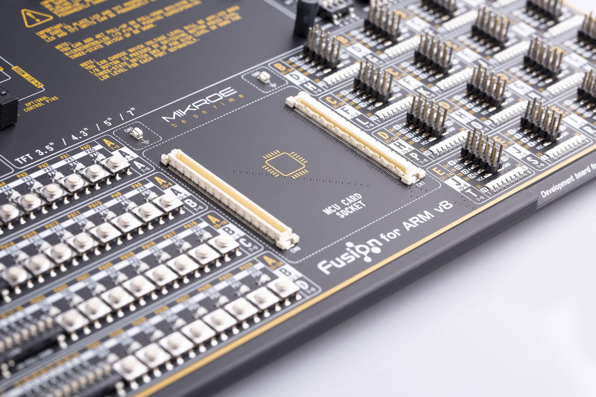 MIKROE-3512 Fusion for Arm® Development Board