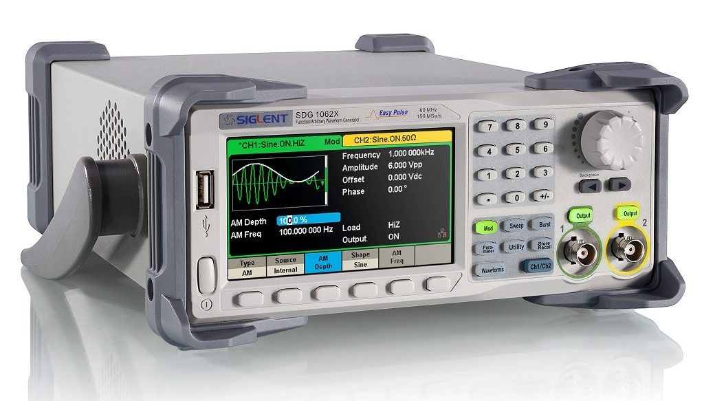 SDG1032X 30MHz Function / Arbitrary Waveform Generator