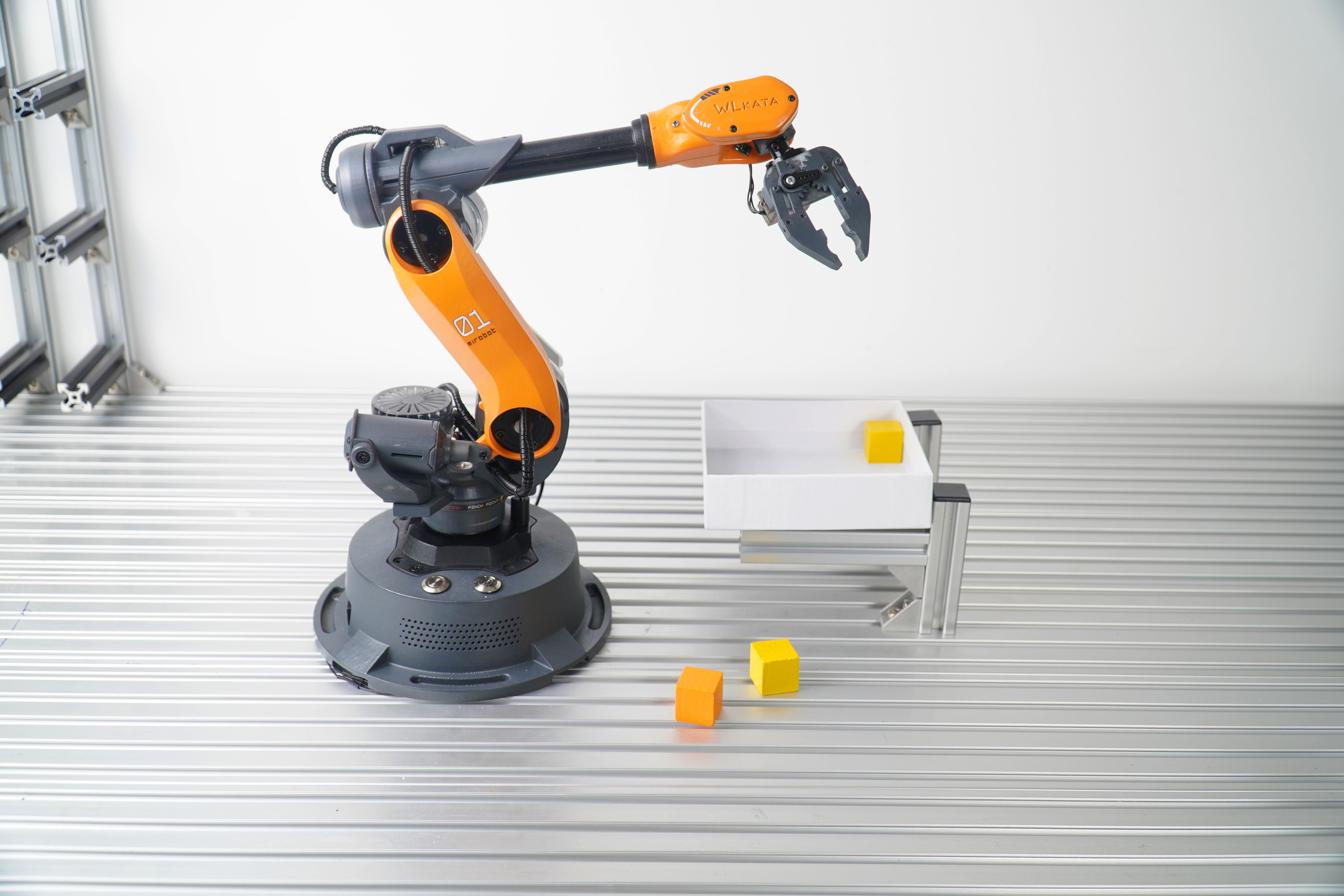 Mirobot Robot Arm is Live on Kickstarter