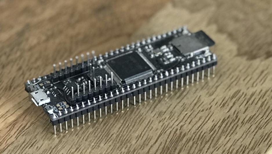 Webtronics' Toasty USB Development Board Is Designed Around an STM32