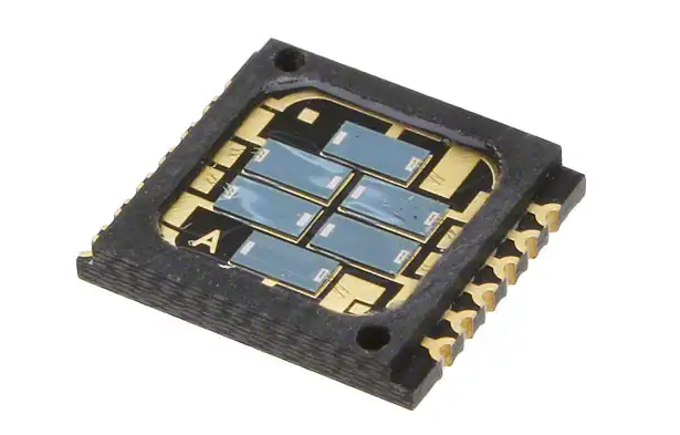 890nm 6-Element Photodiode Array features low leakage current