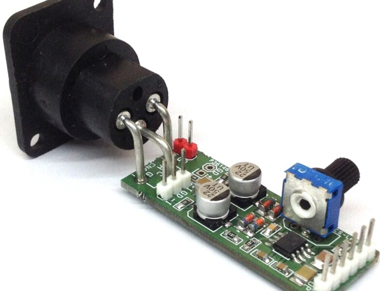 Phantom Powered Microphone Pre-Amplifier using SSM2019