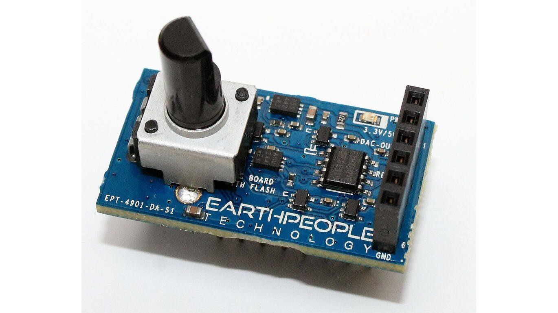 Meet the Breadboard Compatible MCP4901 DAC Based Breakout Board