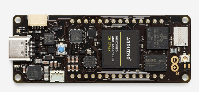 Arduino Portenta H7 Features STM32H747 and High Performance Dual CORE