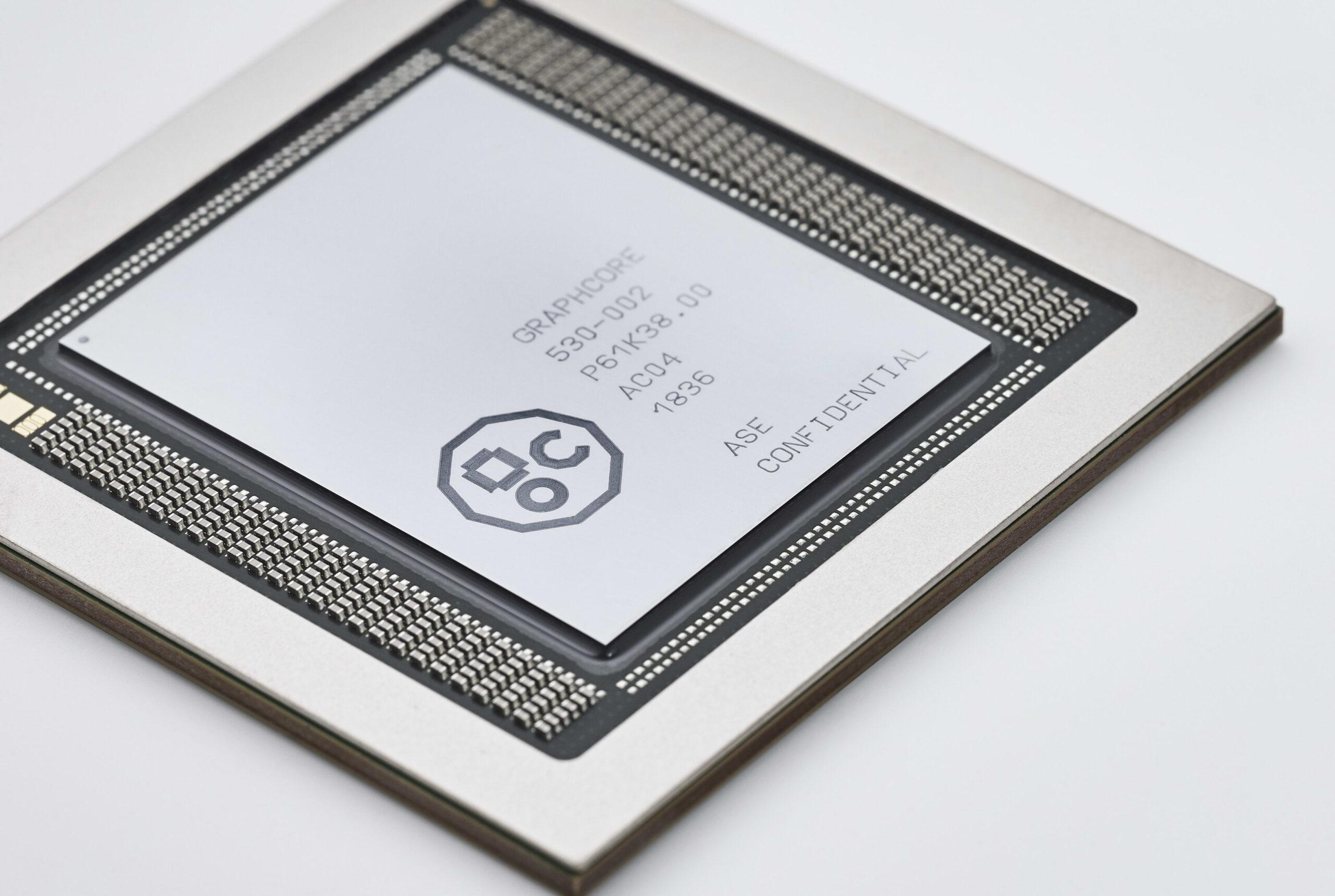 Graphcore launches 7nm AI processor