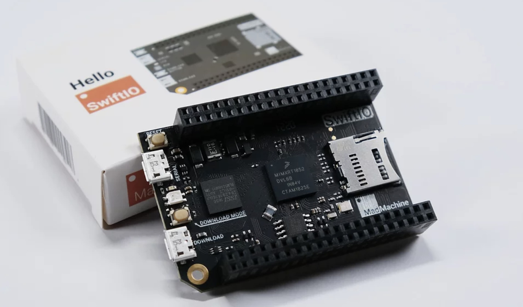 World's First Development Board Based on the Swift Programming Language