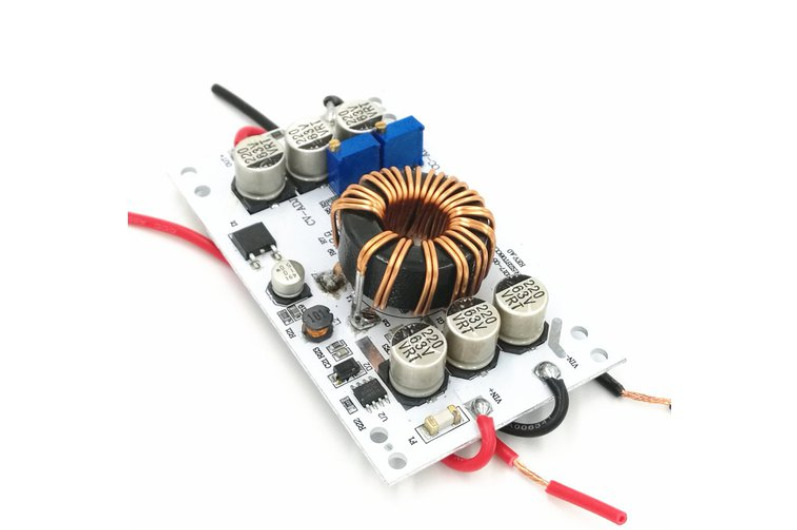 600W Step-Up Boost Converter (12 – 60 V / 10 A) with Adjustable Voltage and Current