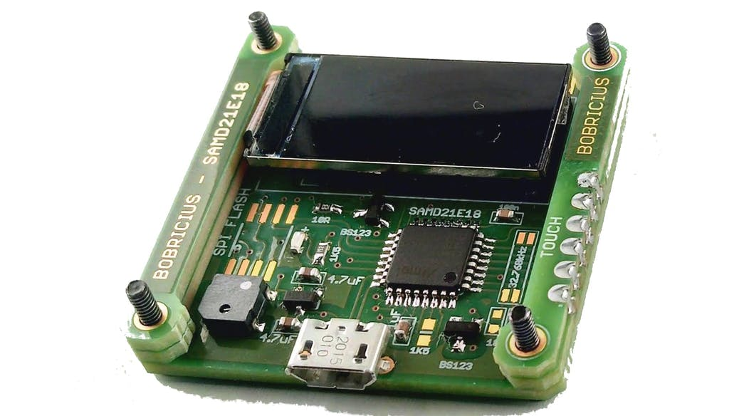 Armachat NANO, an Alternative Communications Device for Catastrophes