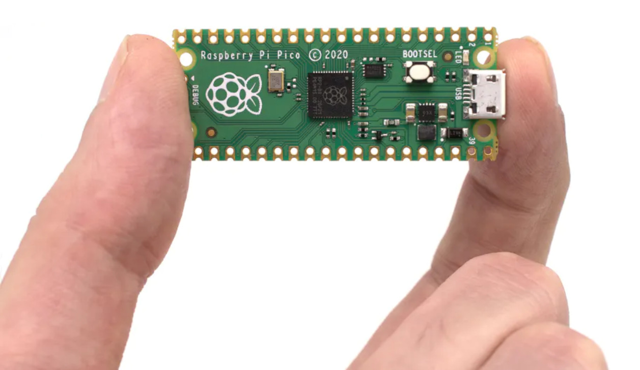 Raspberry Pi Dives Into The Microcontroller World With The New Raspberry Pi Pico