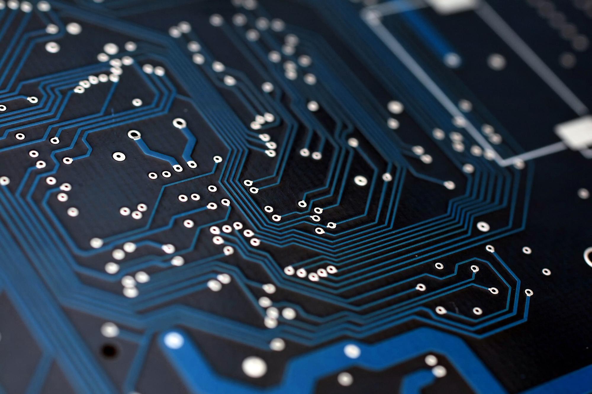 PCBgogo Offers Topnotch PCB Fabrication Services