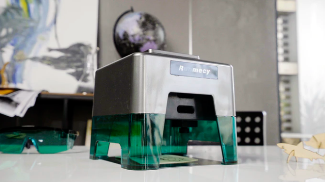 Runmecy, A Compact Laser Engraver And Cutter