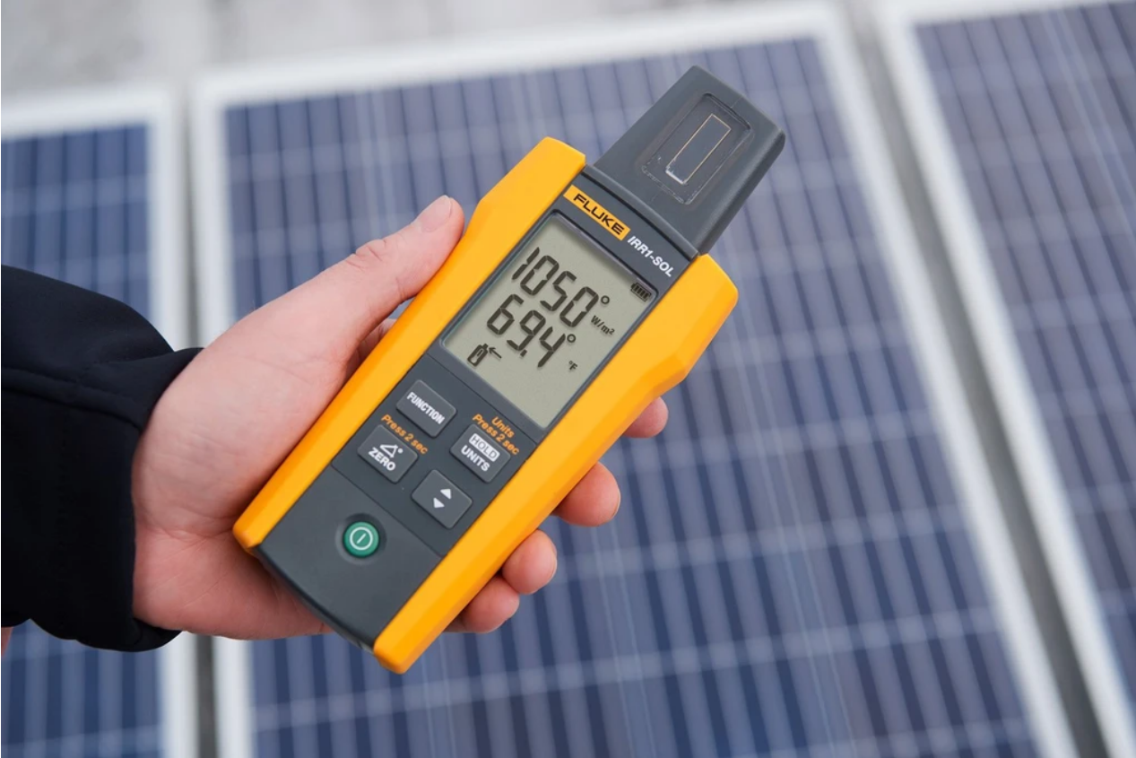 IRR1-SOL Solar Irradiance Meter helps troubleshooting of photovoltaic installations