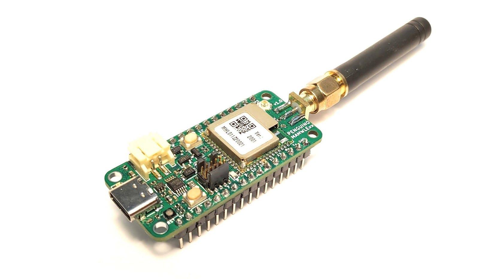 Penguino STM32WL MAMWLE-C1 LoRa development board Features Move Solutions' MAMWLE SoM